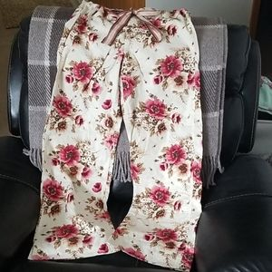 Abercrombie & Fitch Flannel Floral pajama pants